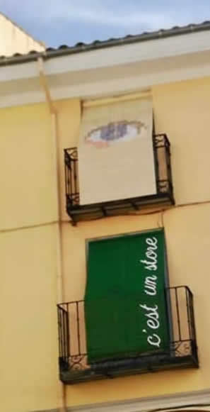 Arte rural,pintamonos,burgo de Osma, persianas,street art.Jesus Barrios,Blanca Martinez